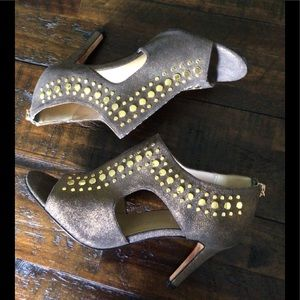 Vaneli Gold studded Peep Toe Shoes
